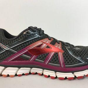 Brooks Womens Adrenaline GTS 17 Running Shoe 9.5 B